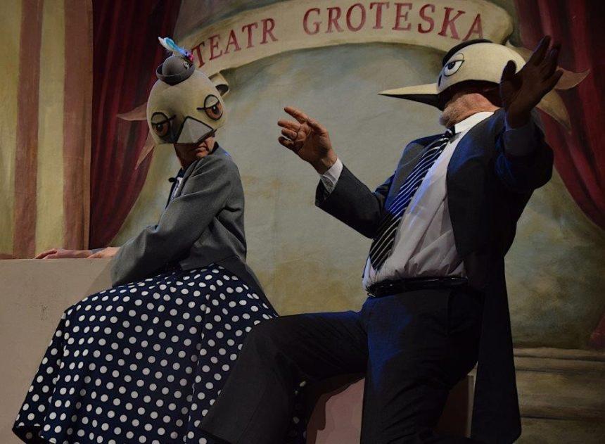 Teatr Groteska w drodze